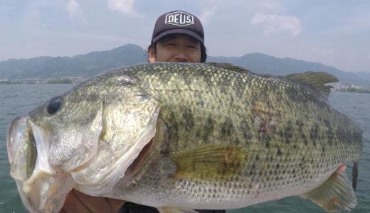 2週間ぶりの琵琶湖、、、スタッフのヨネスケとバス釣り